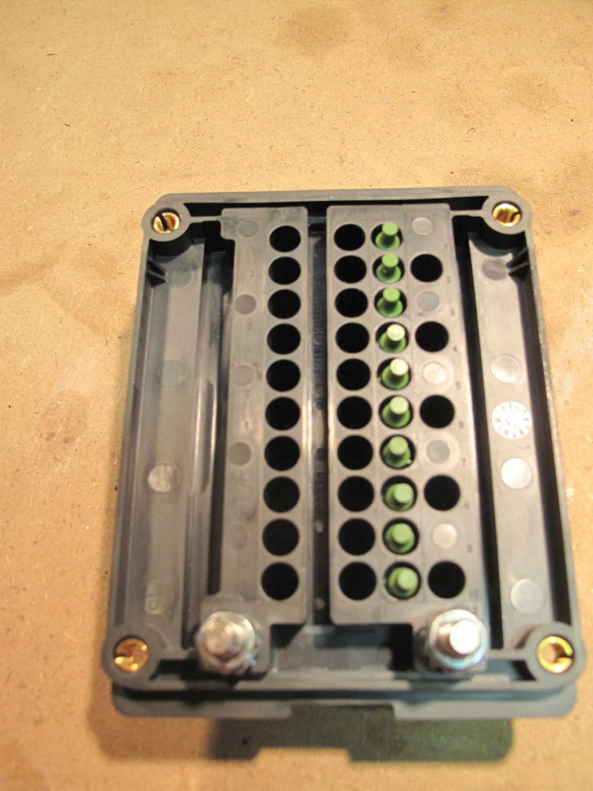 Custom Fuse Relay Box : Custom relay and fuse box for accessories spod knockoff